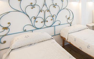 Camera Matrimoniale A Olbia.Le Camere Olbia City Hotel